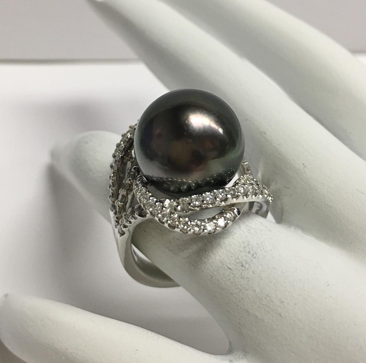14.5 Millimeter Tahitian Pearl Diamond Ring