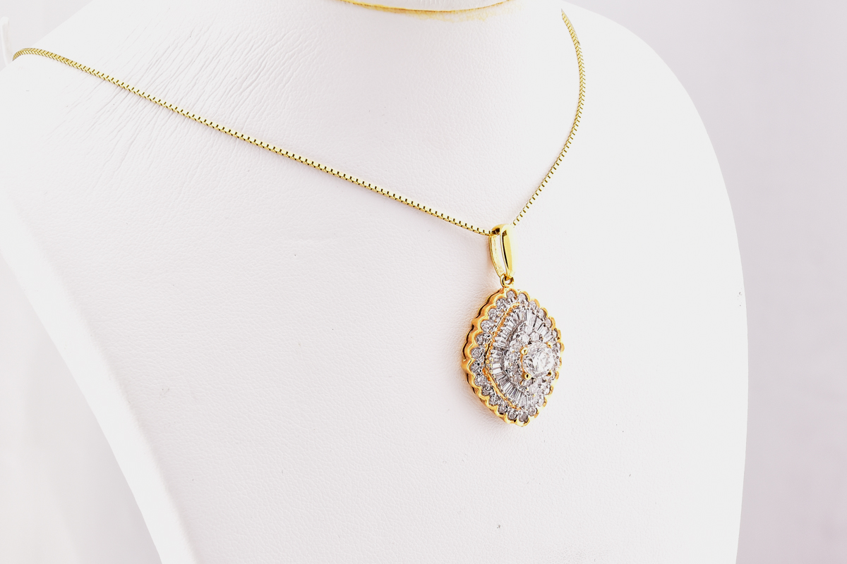 Over 2.0 Carats T.W. Sparkling 18K White and Yellow Gold Diamond