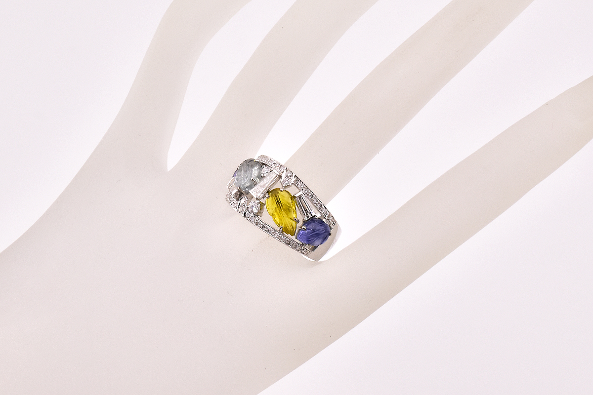 WORLD CLASS MULTI COLOR SAPPHIRE DIAMOND RING