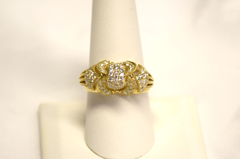 Gorgeous 14K Yellow Gold Diamond Ring