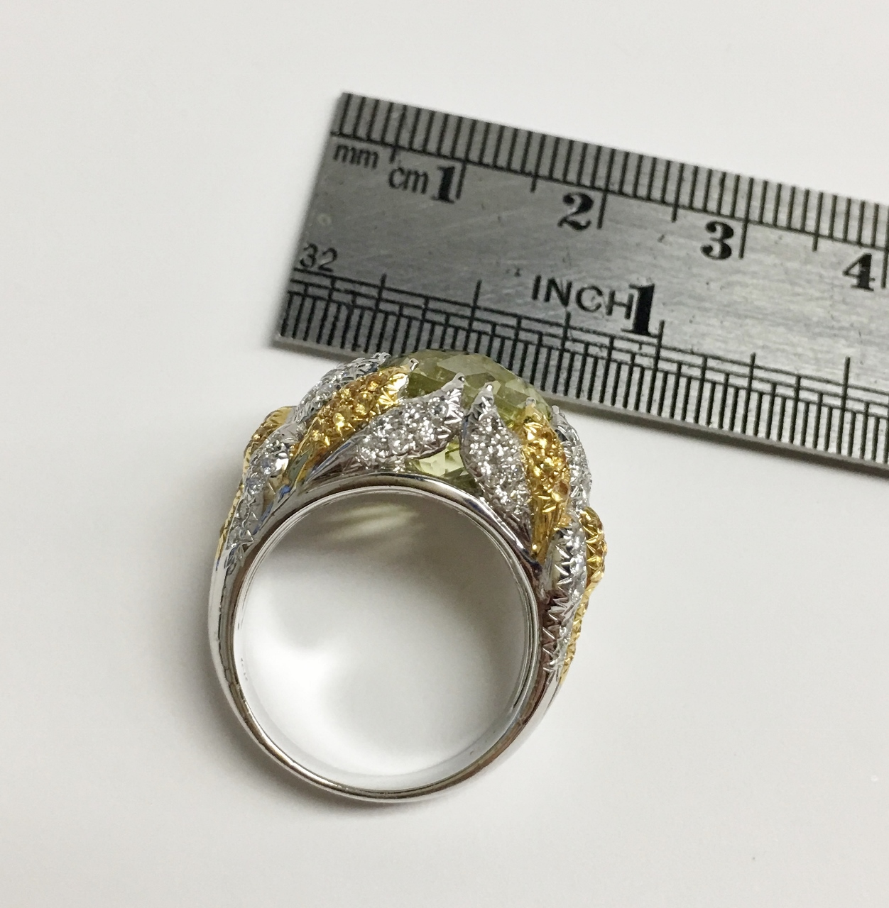8 Carats Lemon Quart Ring