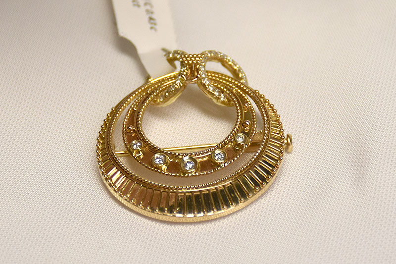 Unique 14K Yellow Gold Diamond Brooch
