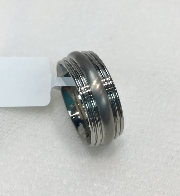 Lady's 7MM Titanium Band