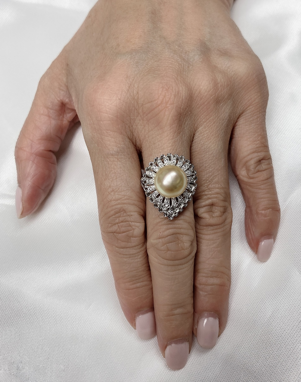 Golden South Sea Pearl Diamond Ring