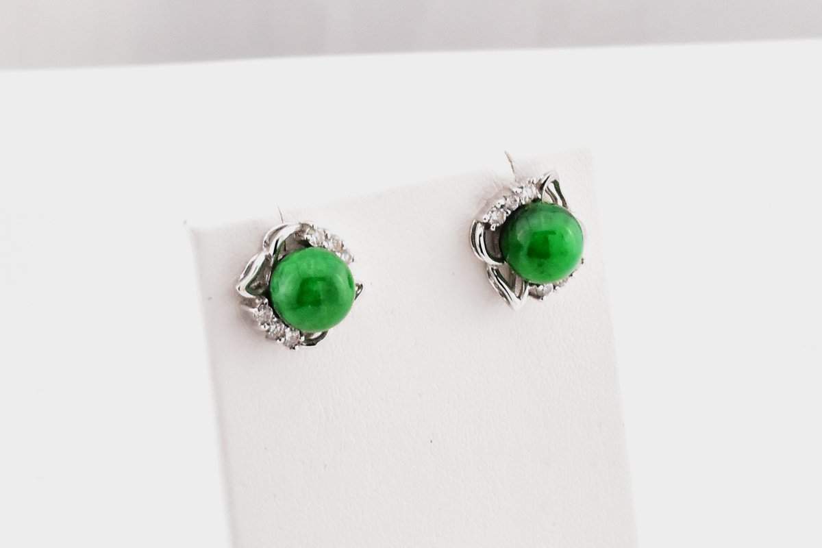Amazing 18K White Gold Jade and Diamond Earrings