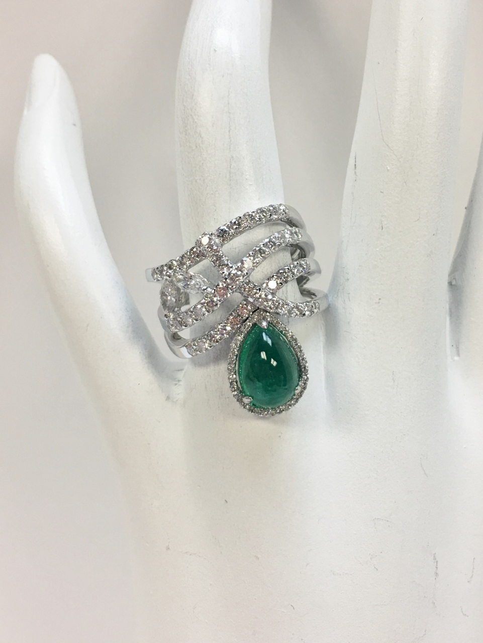 2.40 Carats Cabochon Emerald & Diamond Ring