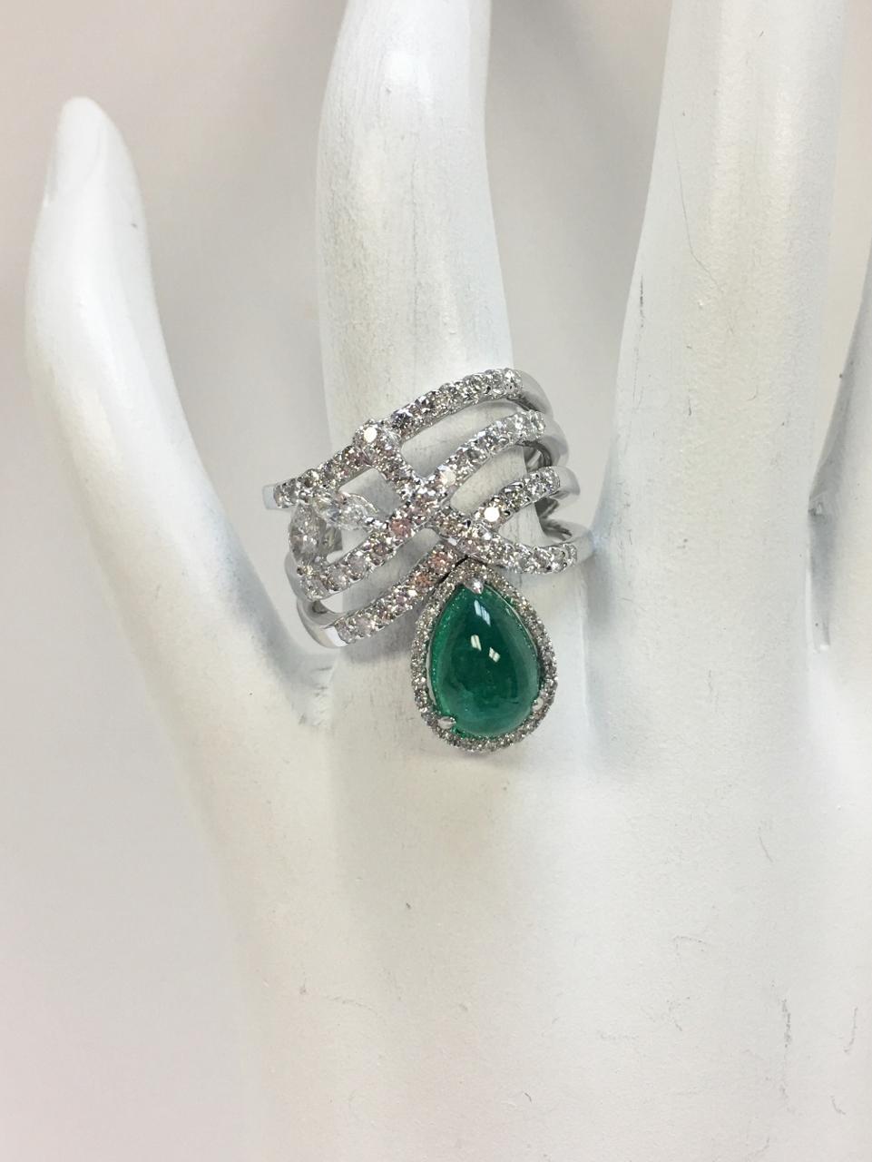 2.40 Carats Cabochon Emerald & Diamond Ring