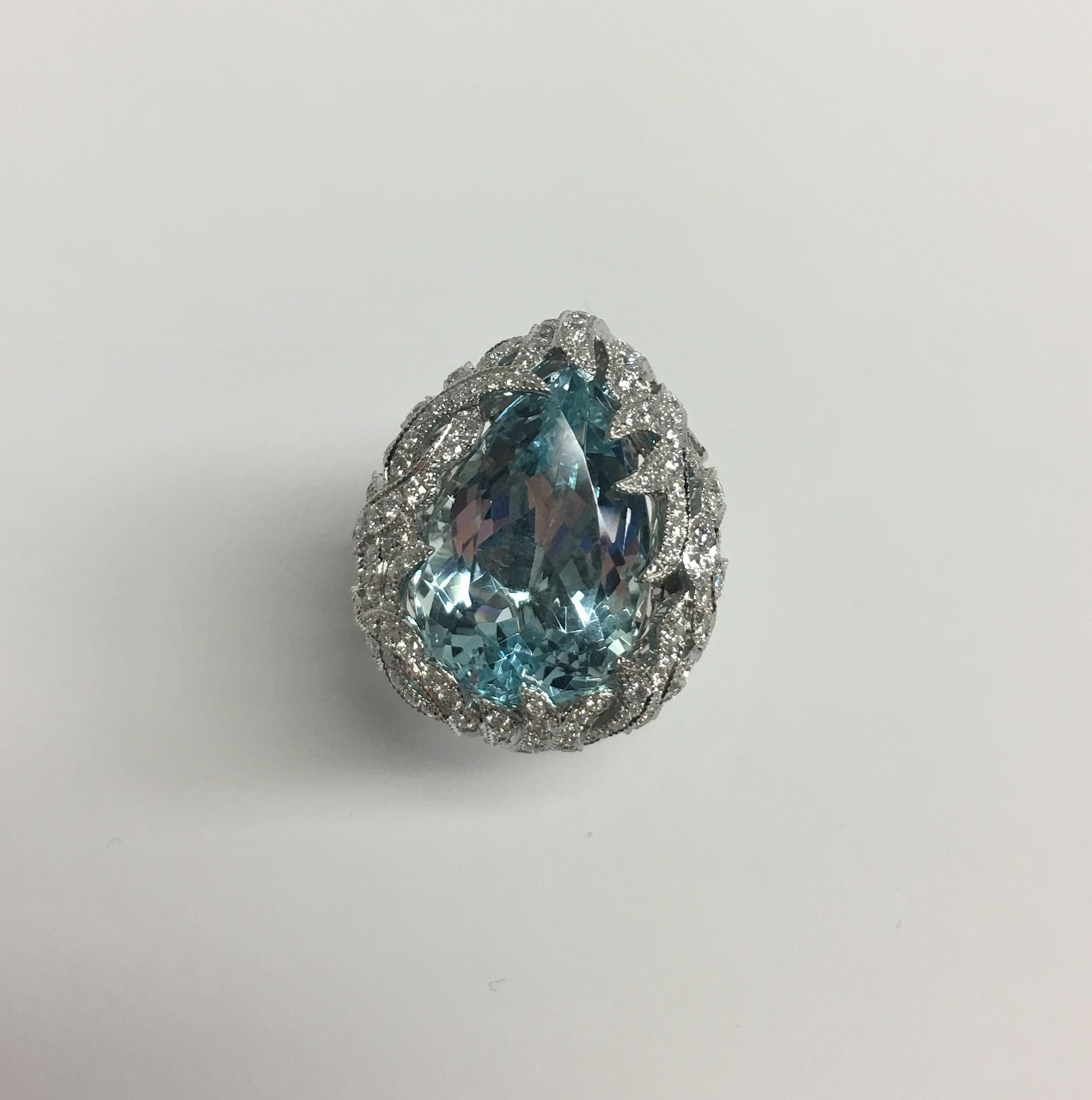 19 Carats Aquamarine Diamond Ring
