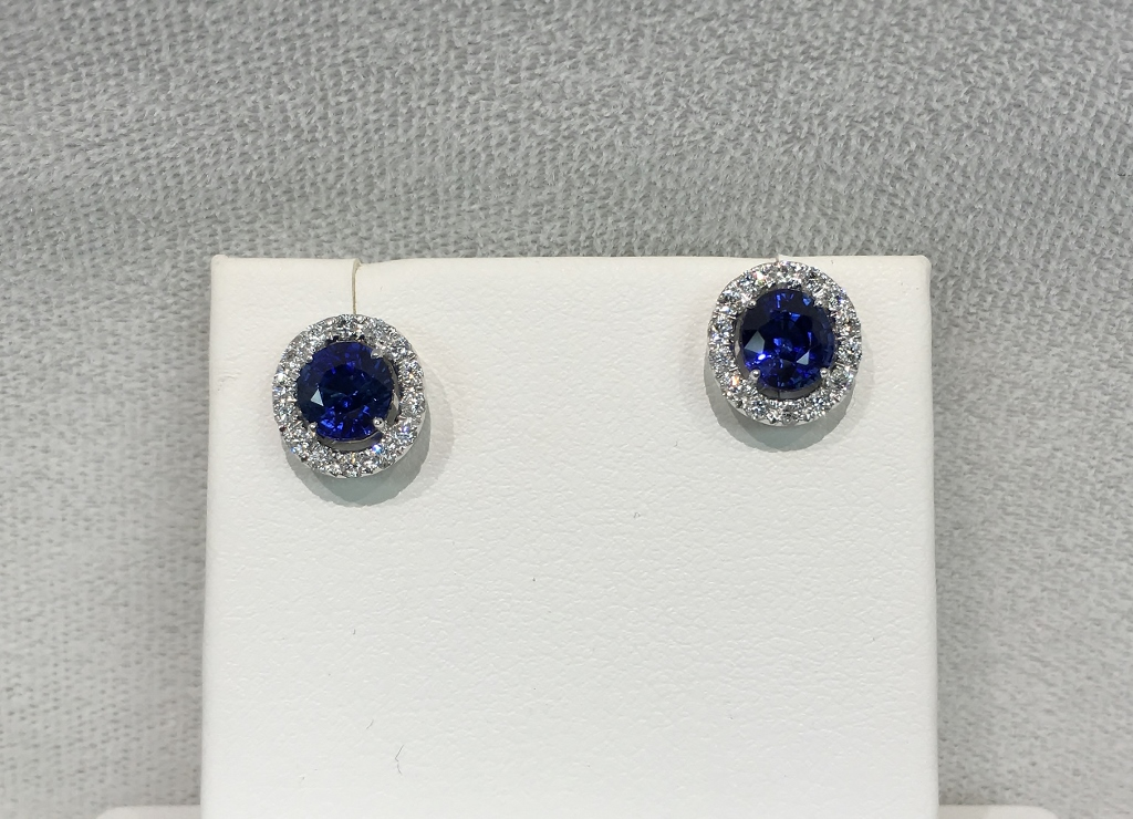 18K White Gold 2.50 Carats Sapphire Diamond Earrings