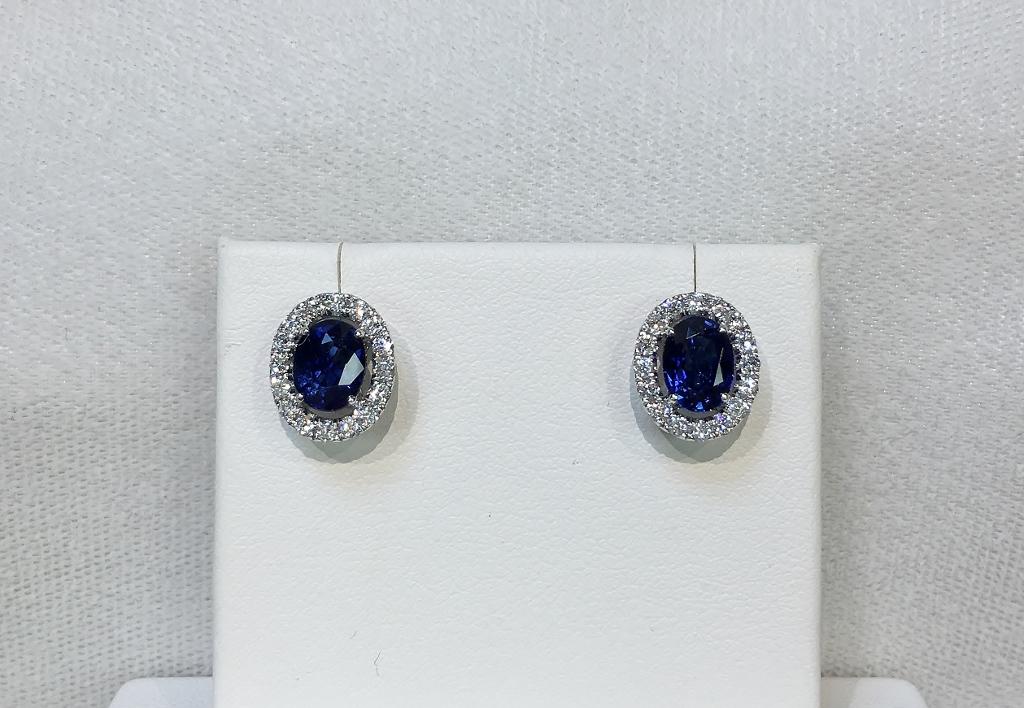 18K White Gold 2 Carats Sapphire Diamond Earrings