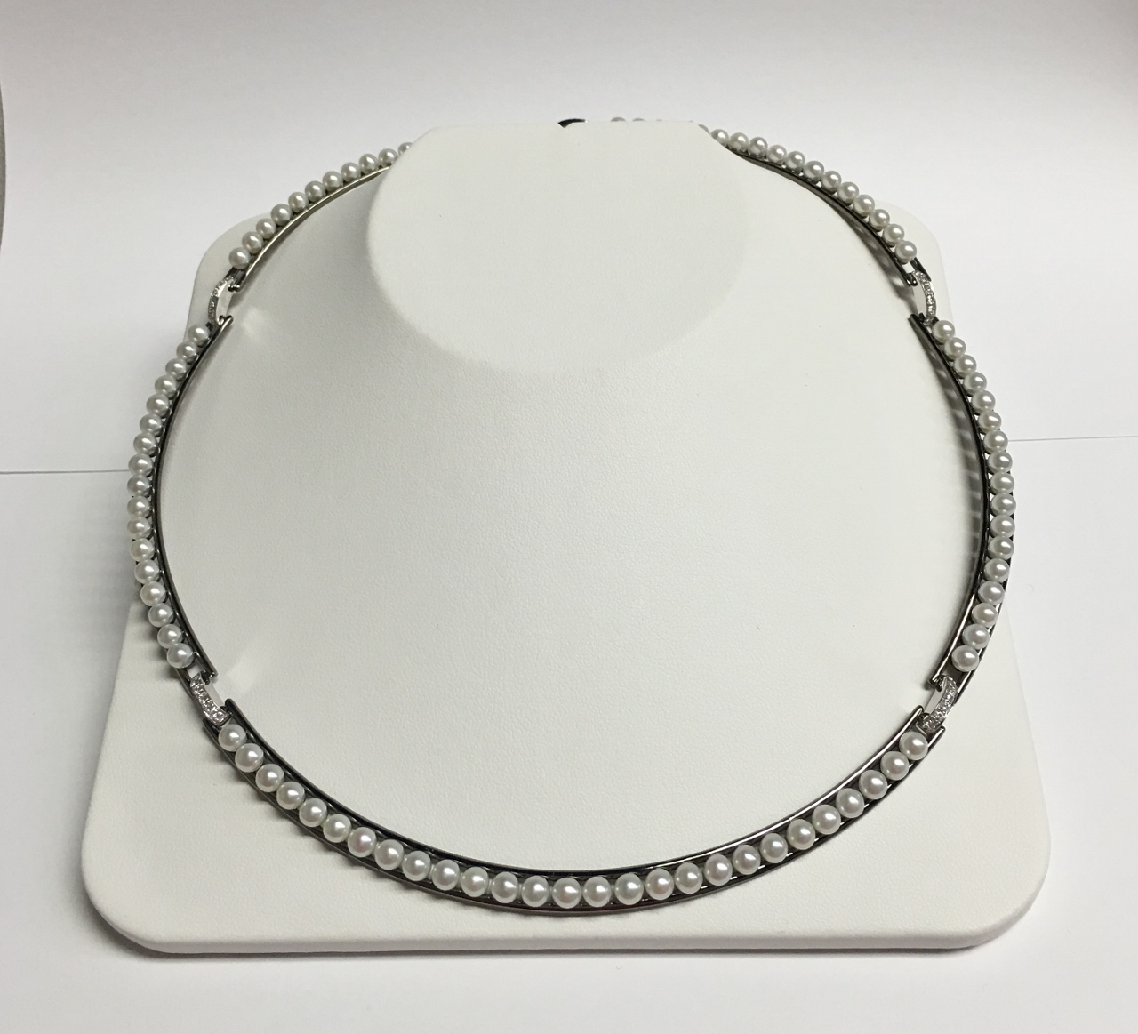 18K White Gold Sterling Silver Pearl & Diamond Necklace