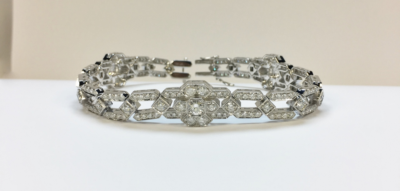Over 5.50 Carats White Gold Diamond Bracelet
