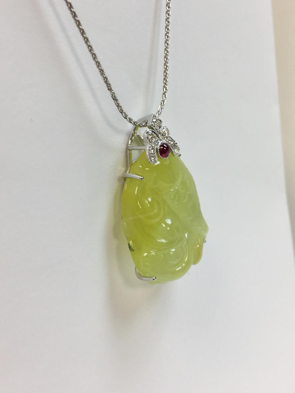 20 Carats Prehnite Diamond Pendant