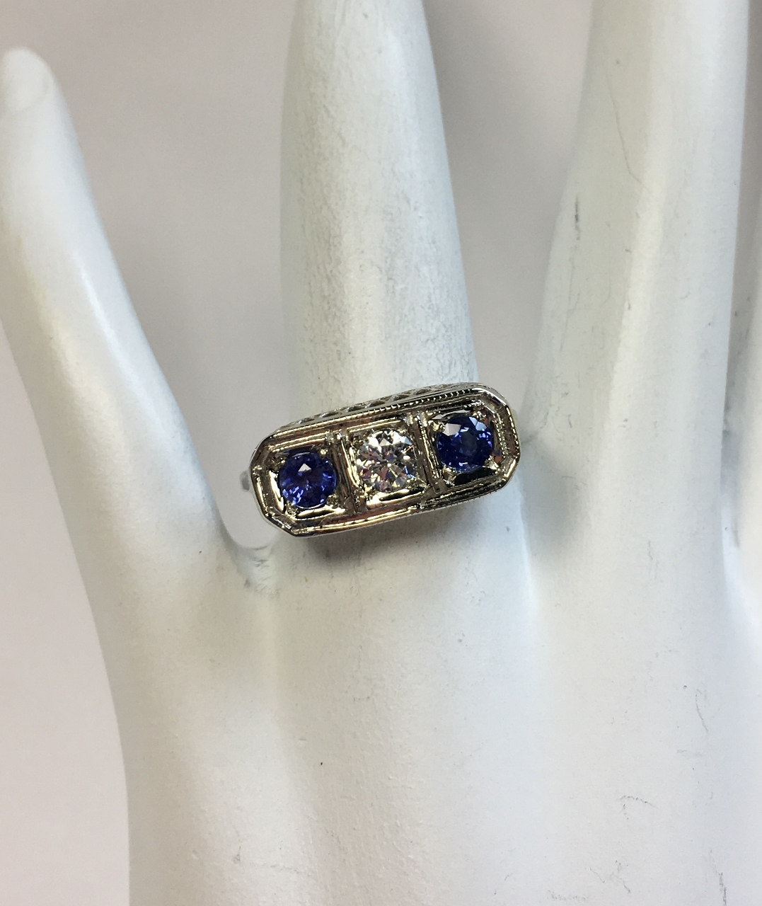 Antique Style Sapphire Diamond Ring