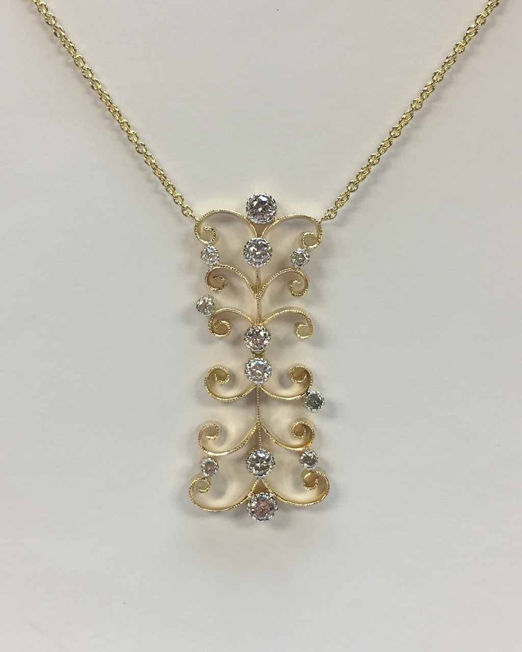 Almost 1 Carat Total Weight Yellow Gold Diamond Necklace