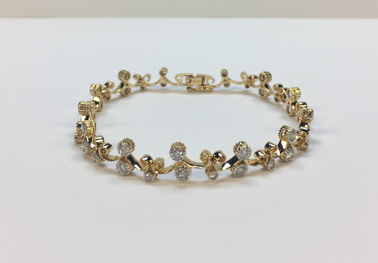 3.50 Carats Yellow Gold Diamond Bracelet