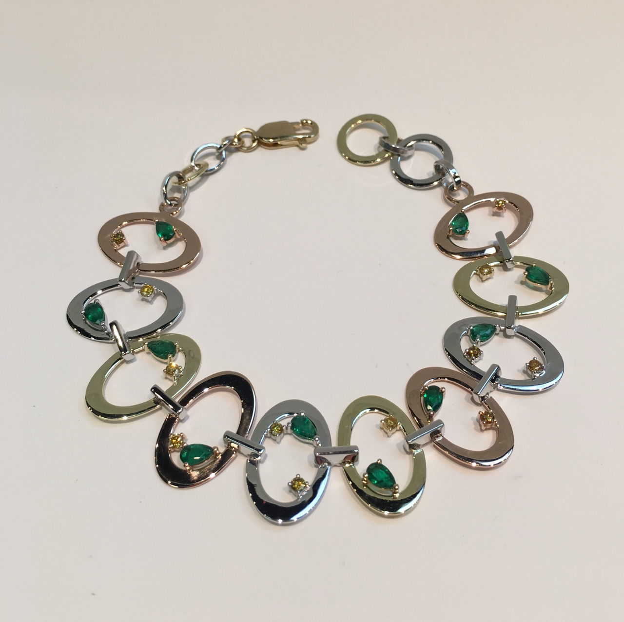 14K Tri-Color Gold Bracelet With Emeralds