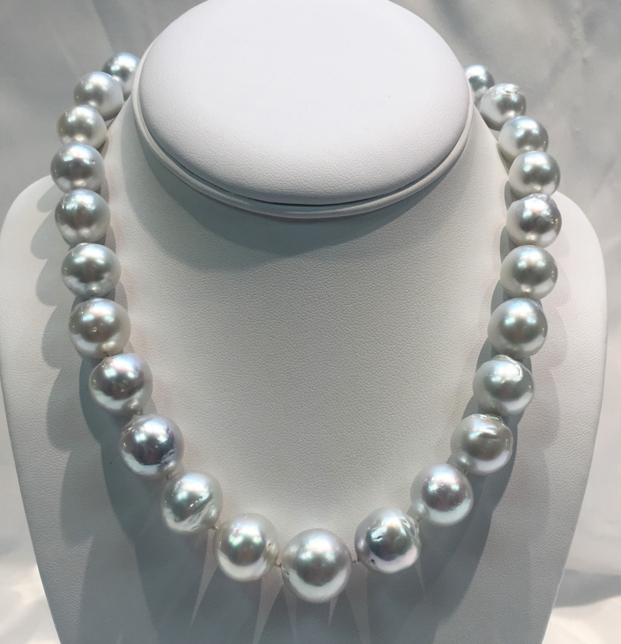 Large Size White South Sea Pearl Necklace