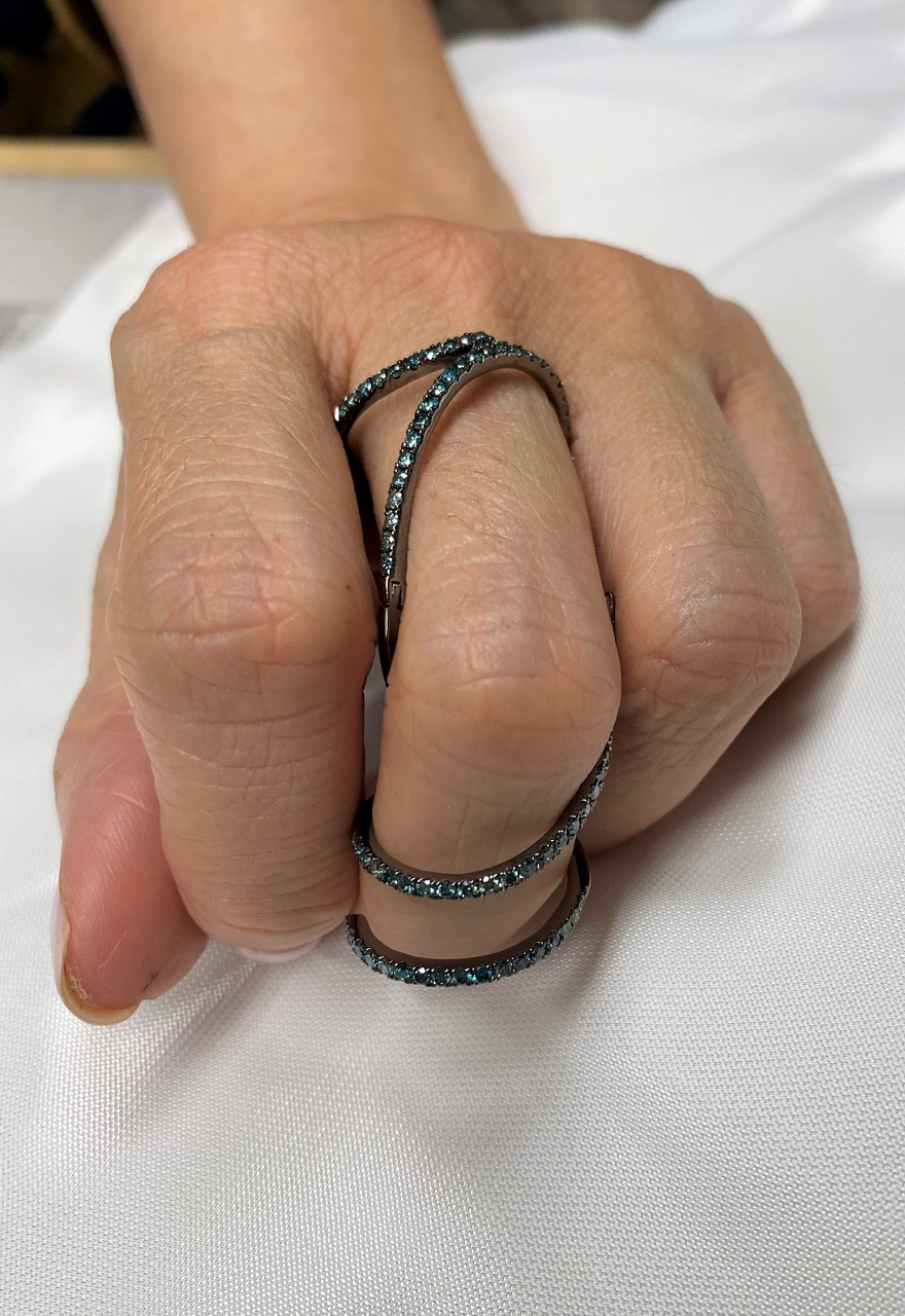 Blue Diamond Full-Finger Ring