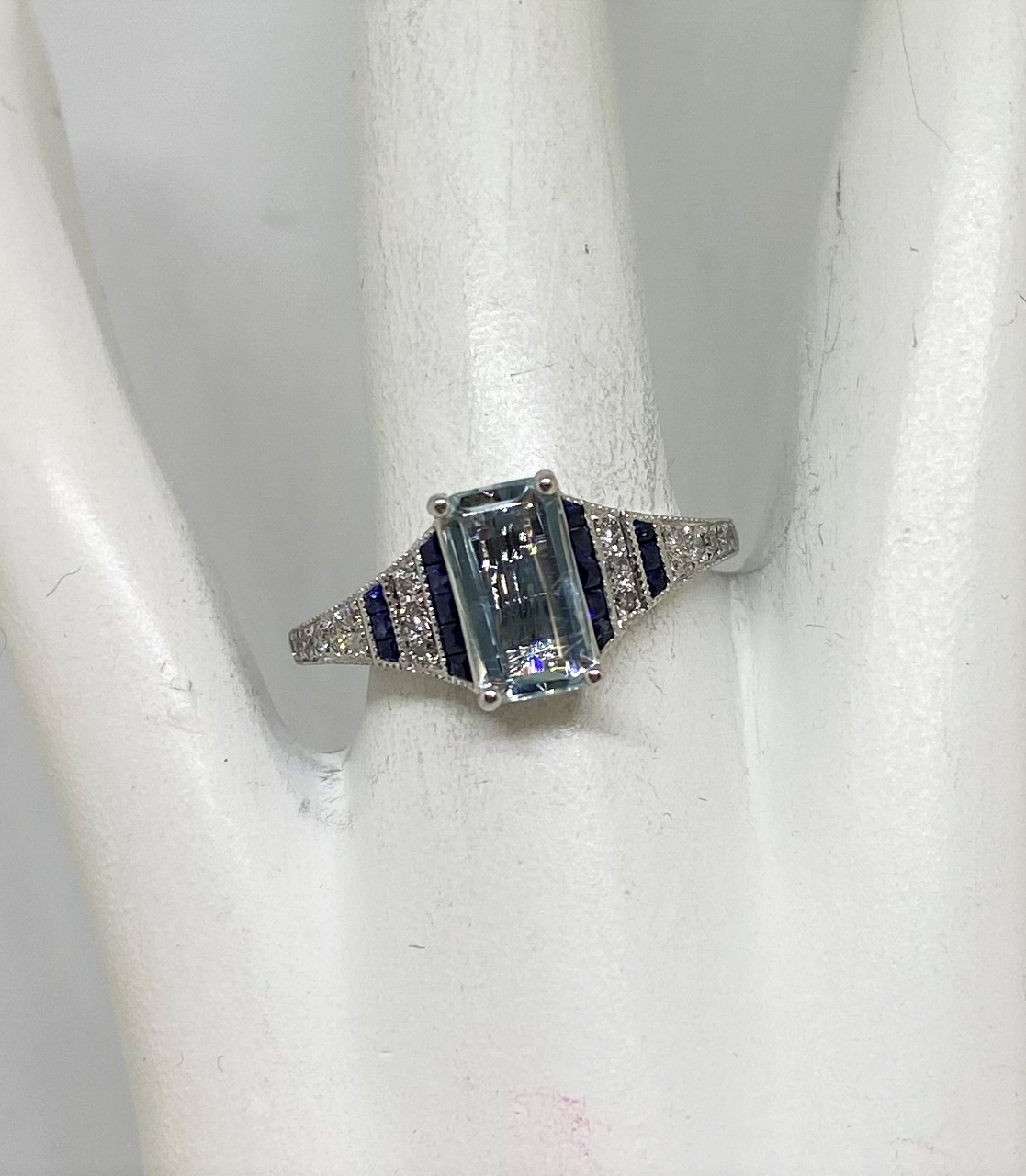 1 Carat Aquamarine Sapphire Diamond Ring