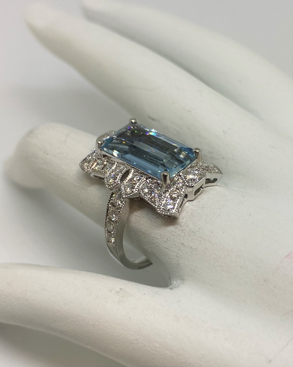 4.5 Carats Aquamarine Diamond Ring