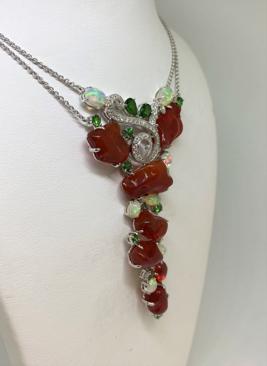 Over 30 Carats Opal Necklace