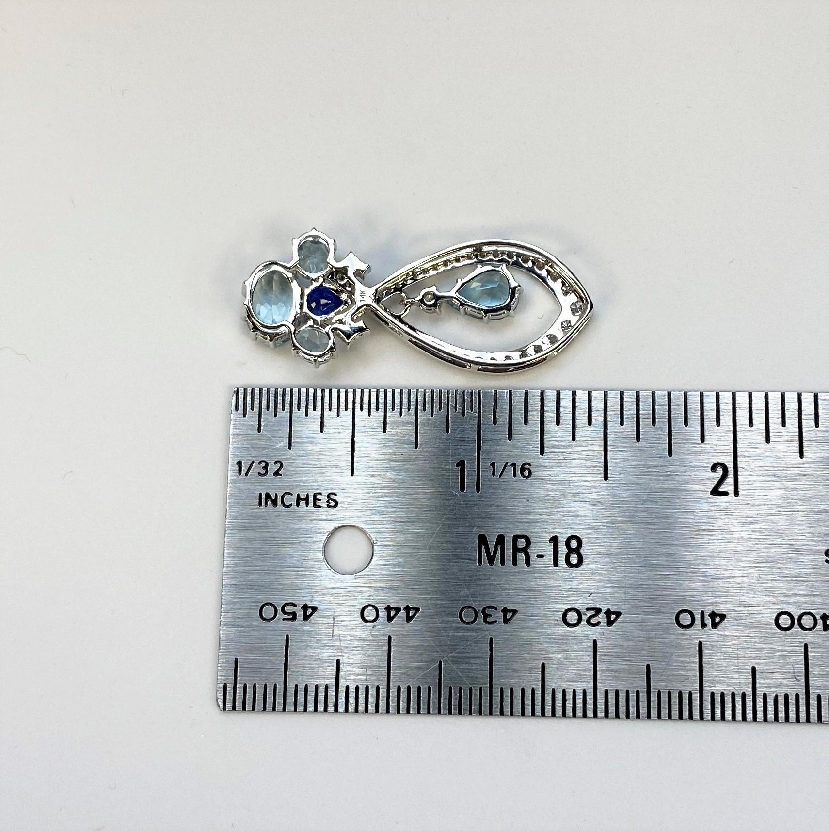 2.50 Carats Aquamarine Diamond Pendant