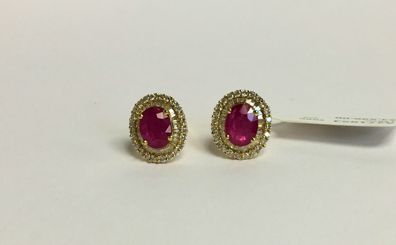 Classic Style Yellow Gold Ruby & Diamond Earrings