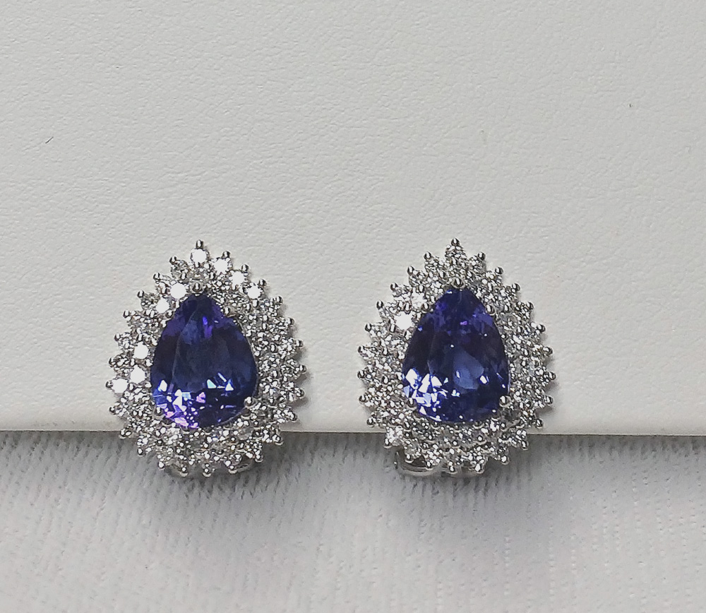 Over 4.5 Carats Tanzanite Diamond Earrings