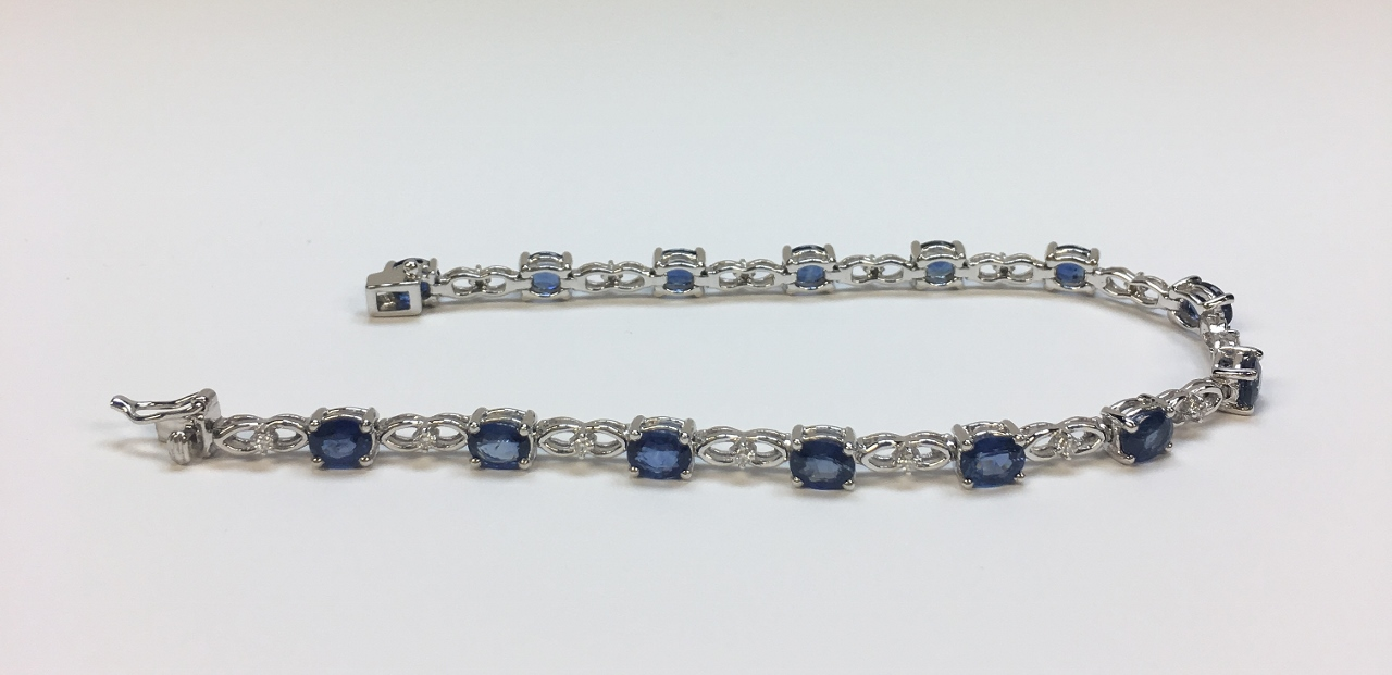 Over 5 Carats Sapphire Diamond White Gold Bracelet