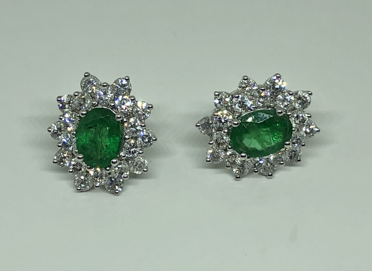 2 Carats Emerald Diamond Earrings