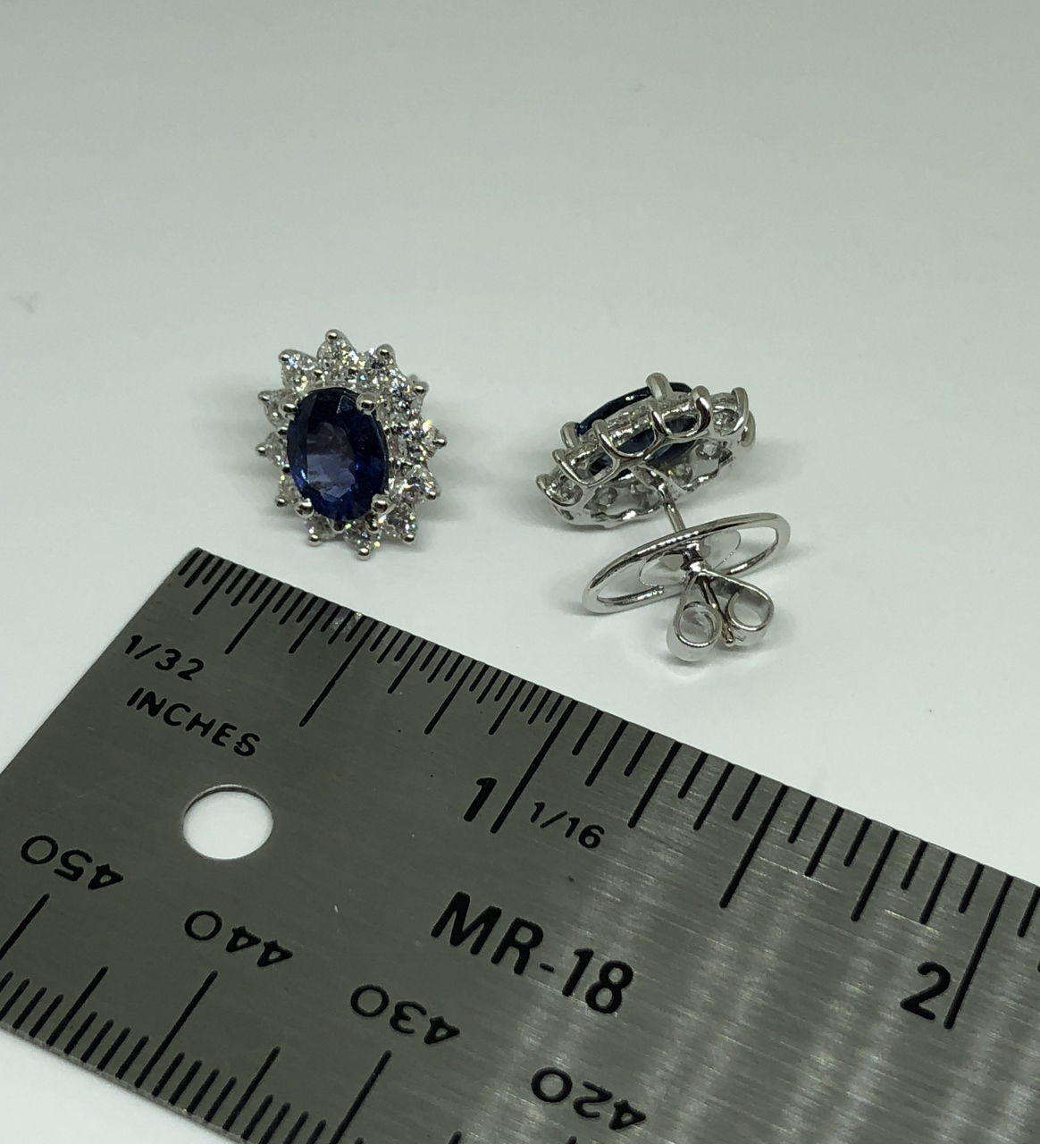 2.5 Carats Sapphire Diamond White Gold Earrings