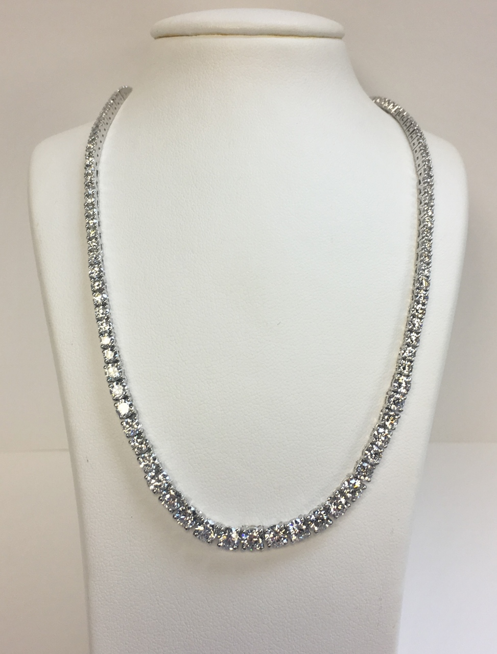 10 Carats Diamond Tennis Necklace