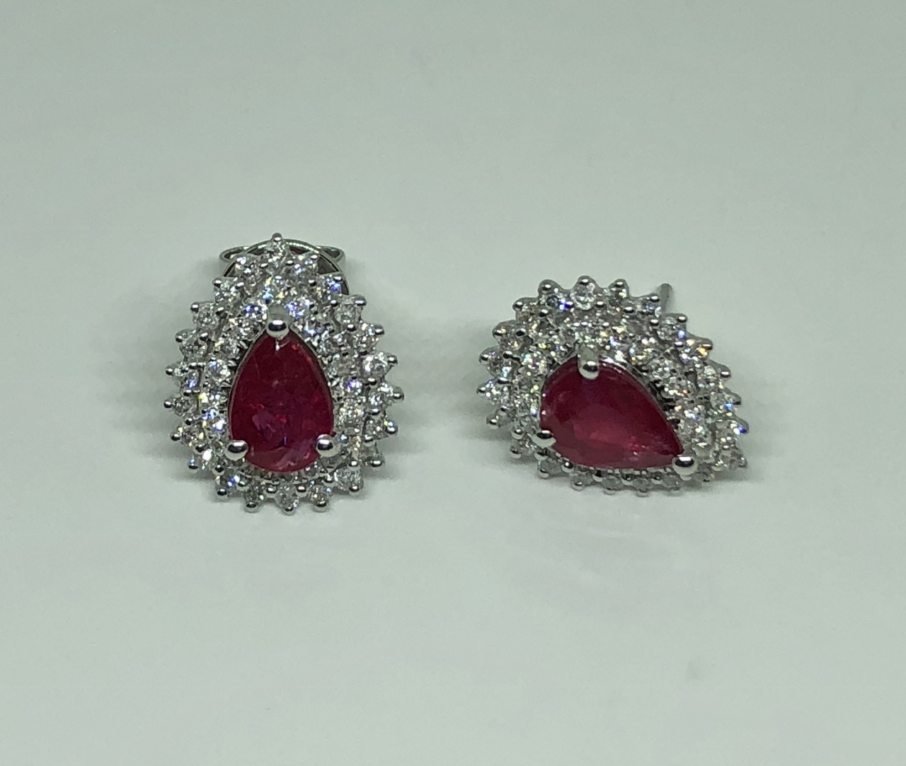 1.50 Carats Ruby Diamond Earrings