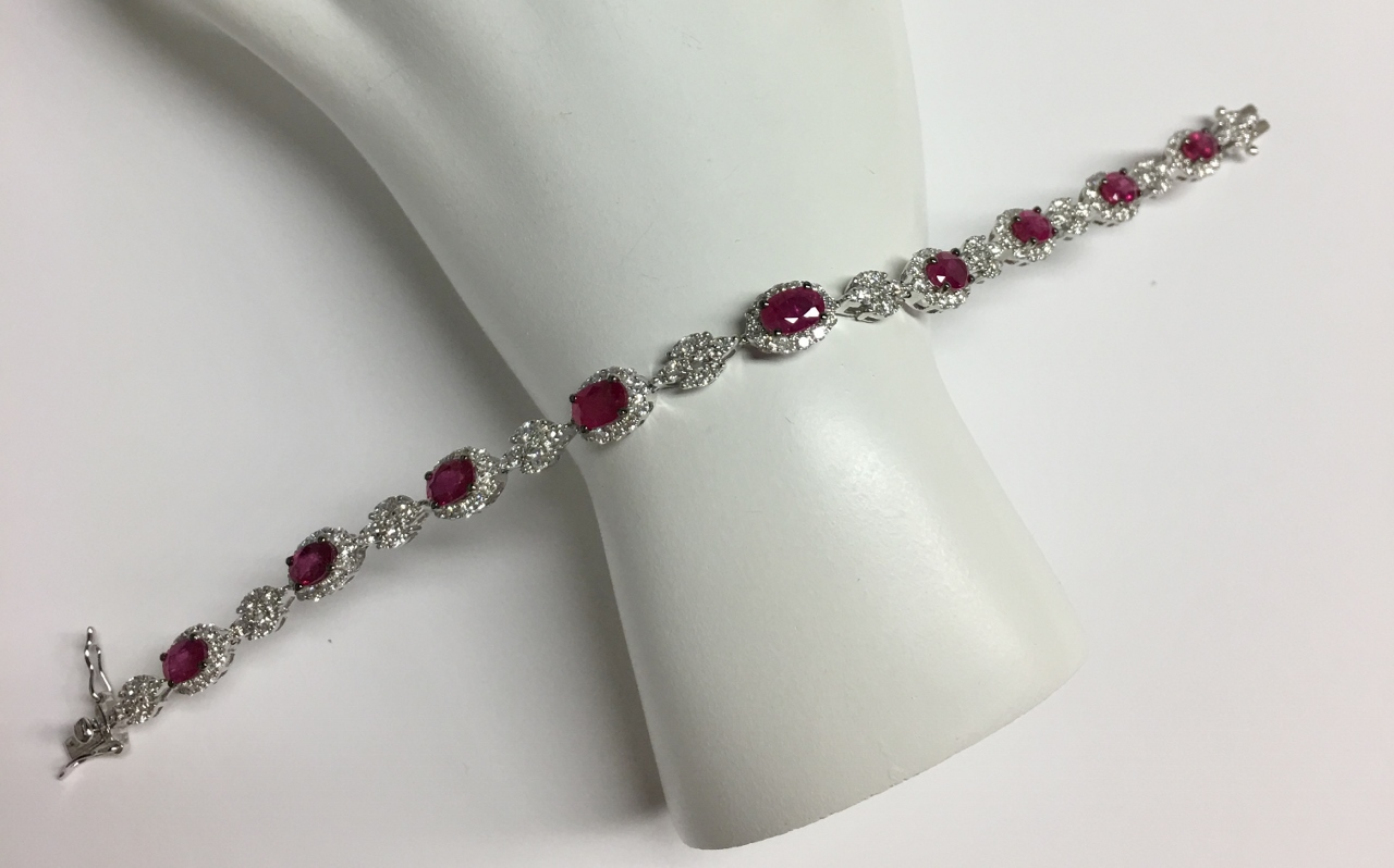 Over 5.5 Carats Total Weight Ruby & Diamond Bracelet
