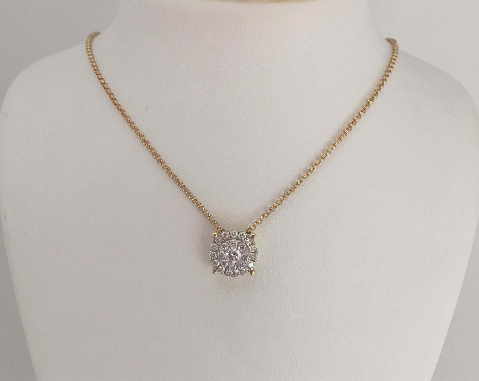 1/3 Carats Cluster Diamond Pendant With Chain