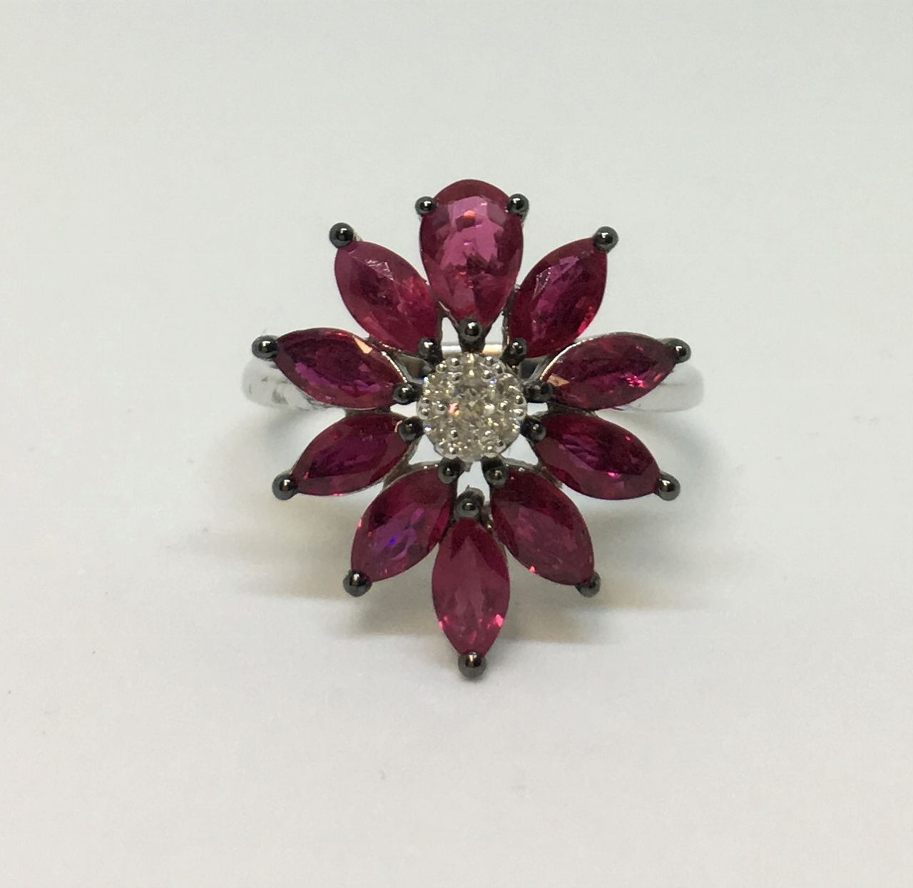 2.60 Carats Total Weight Ruby Ring