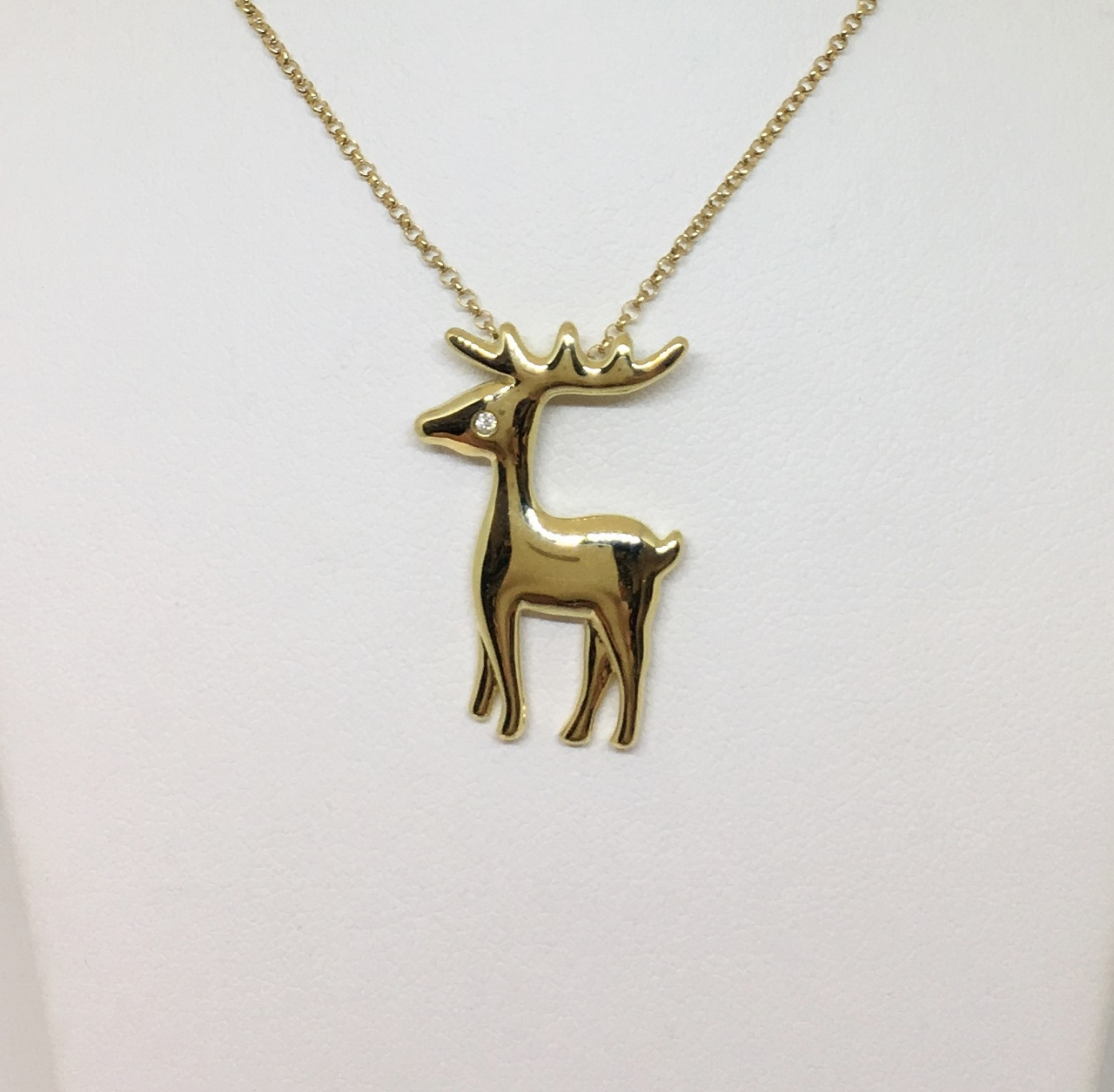 18K Yellow Gold Deer Design Pendant With Chain