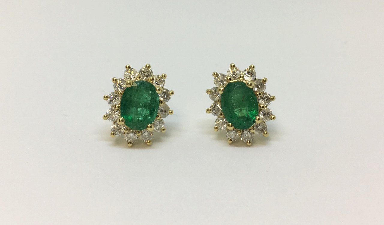 2 Carats Emerald & Diamond Yellow Gold Earrings
