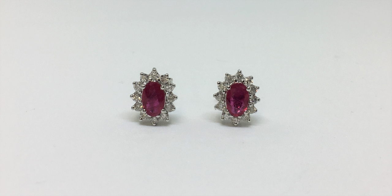 1.20 Carats Total Weight Ruby Earrings