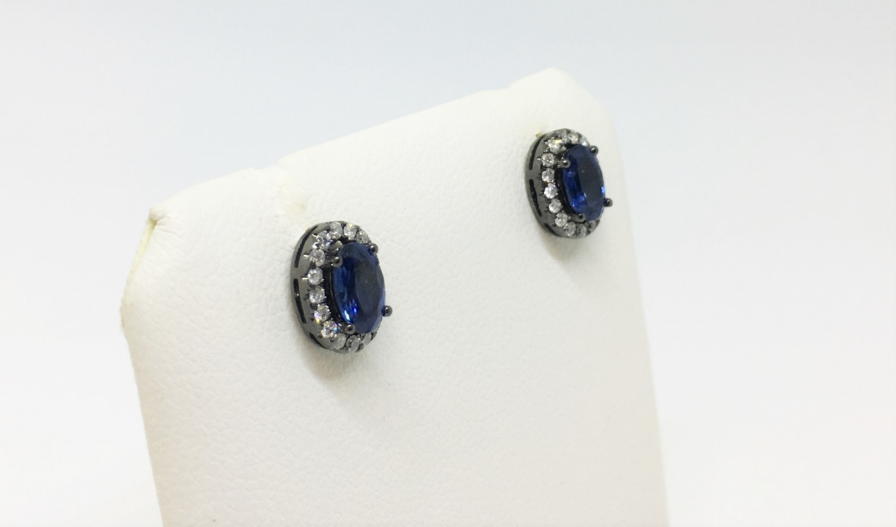 1 Carat Total Weight Sapphire Earrings With Diamonds