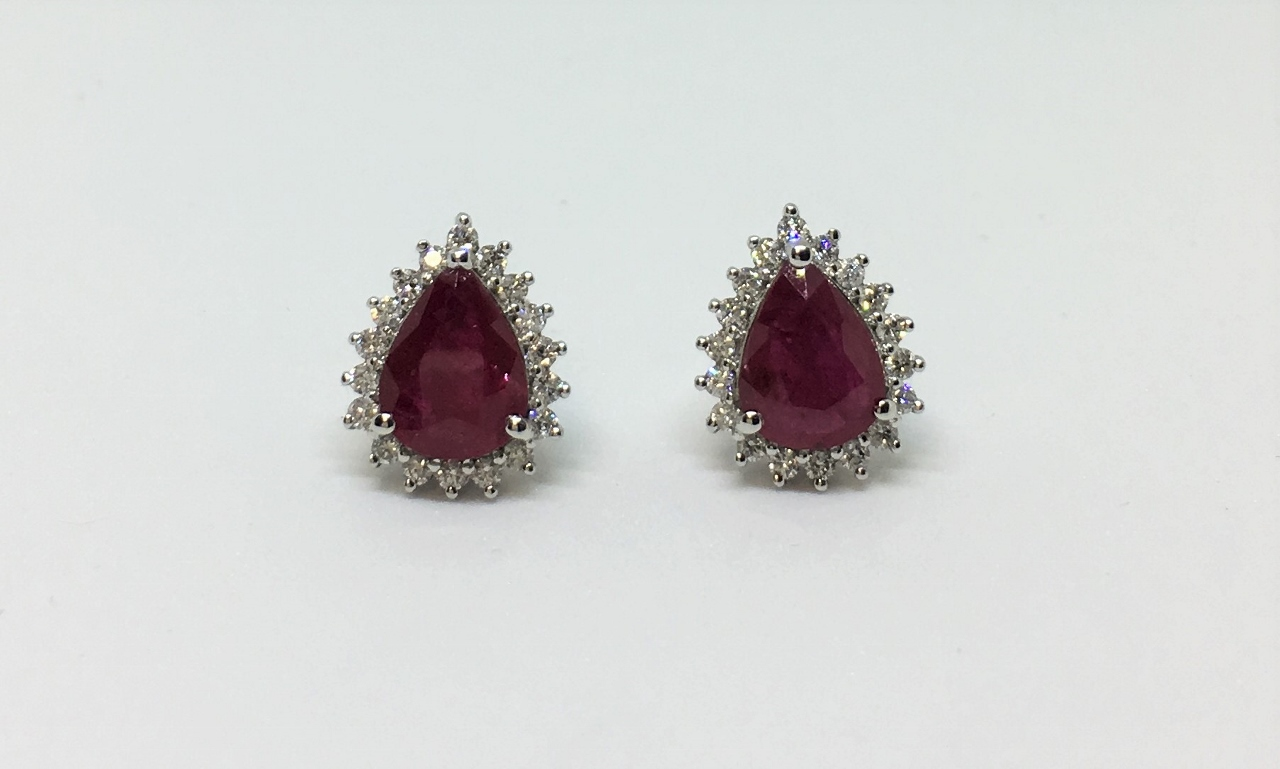 1.70 Carats Ruby & Diamond Earrings