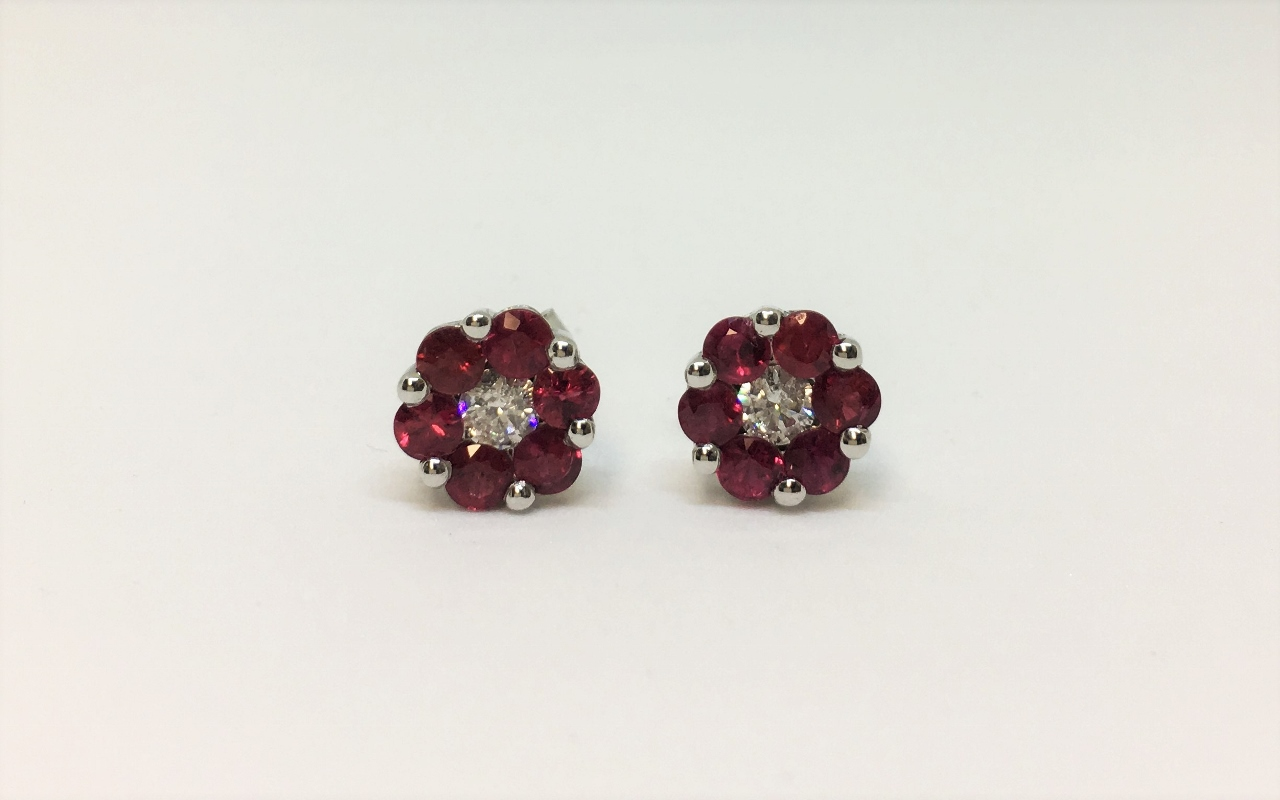 1.75 Carats Total Weight Ruby Earrings In White Gold