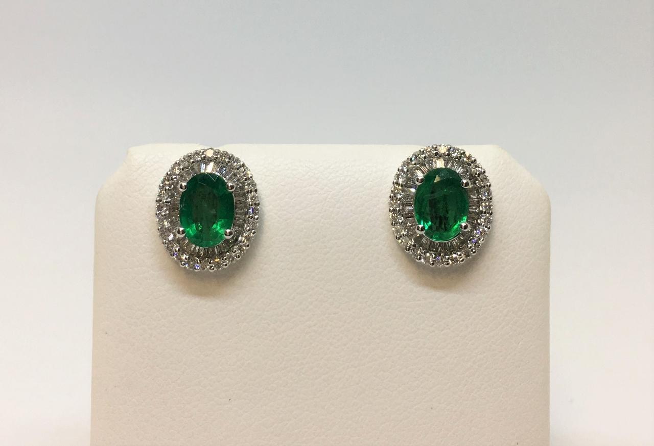 1.75 Carats Emerald Diamond White Gold Earrings