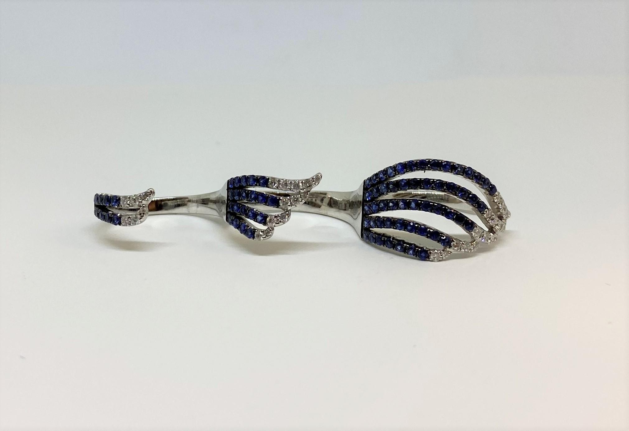 1 Carat Sapphire 3-Finger Ring