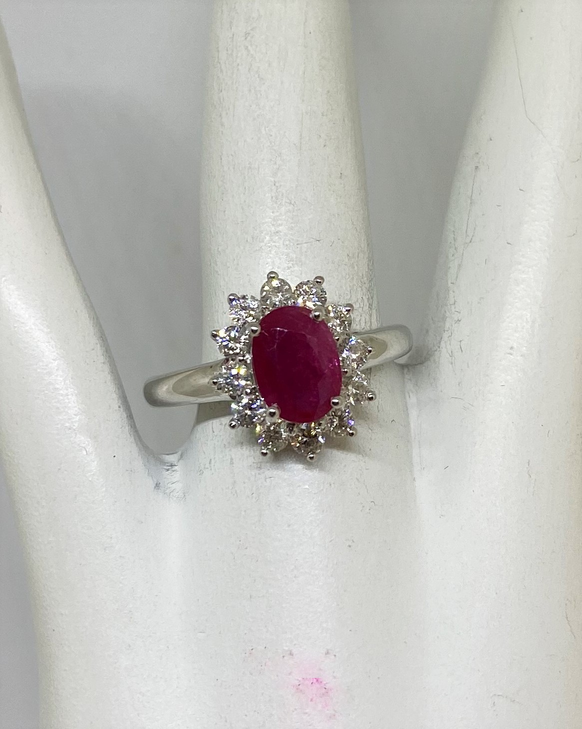 1.25 Carats Ruby Diamond Ring