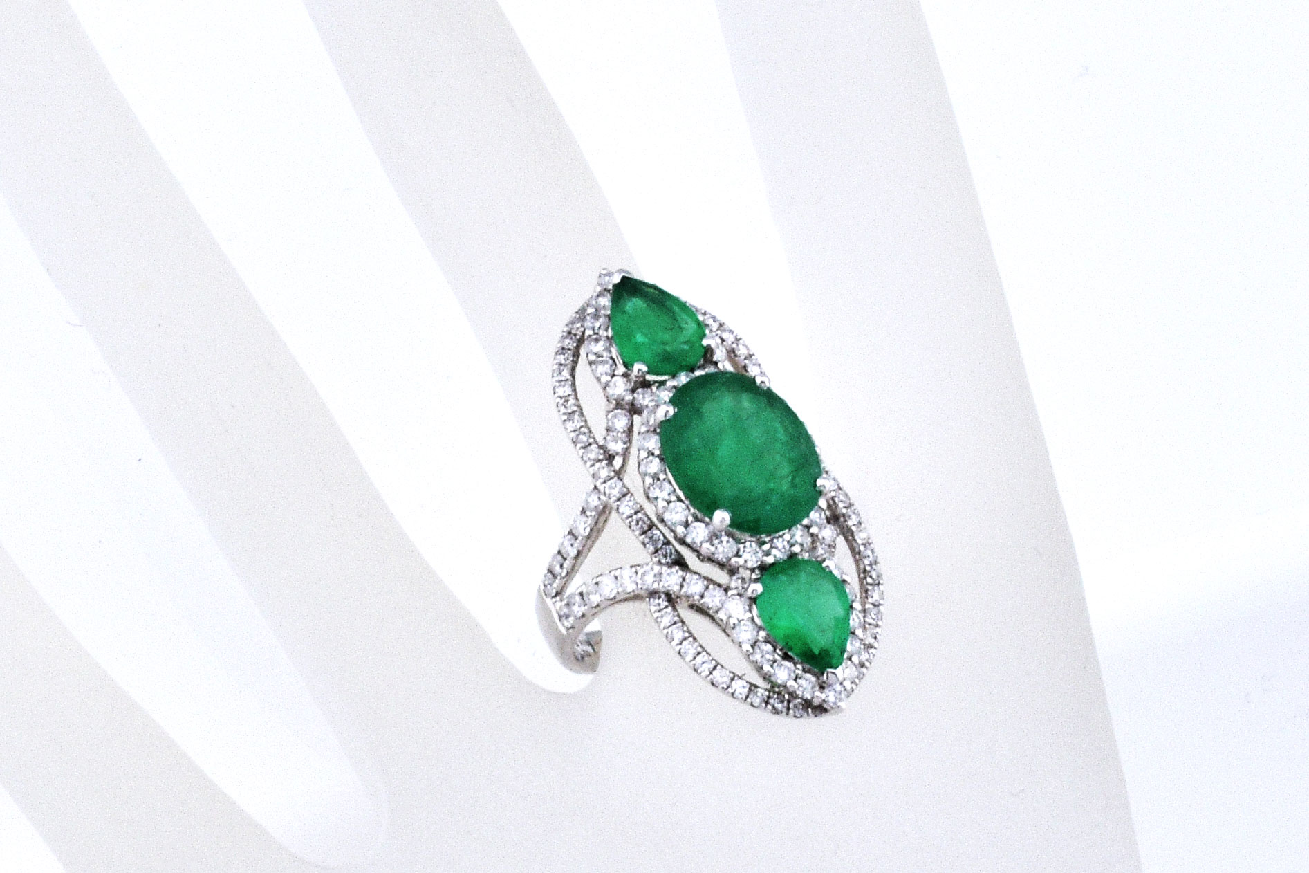 Over 5 Carats Total Weight Emerald Diamond White Gold Ring