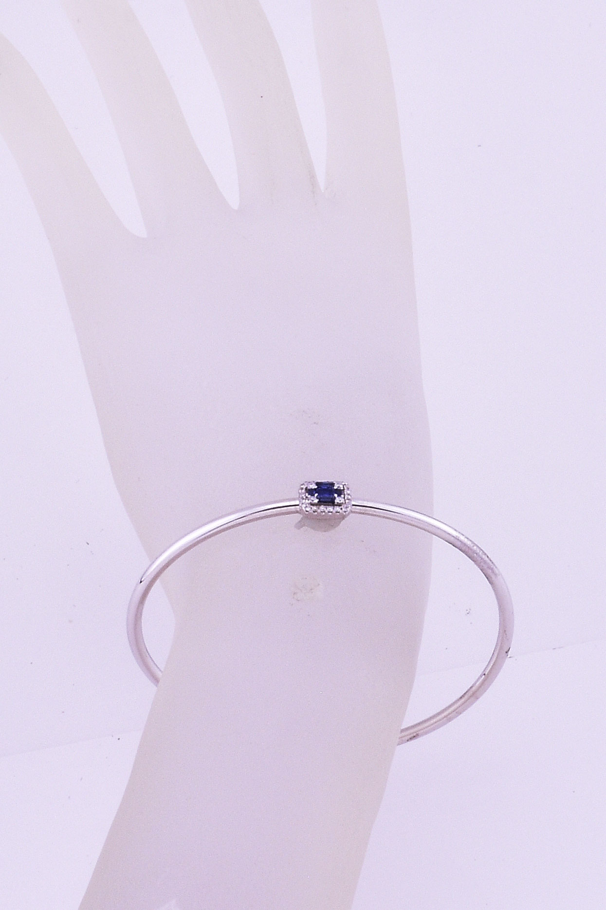 18K White Gold Soft Open Bangle With Sapphires