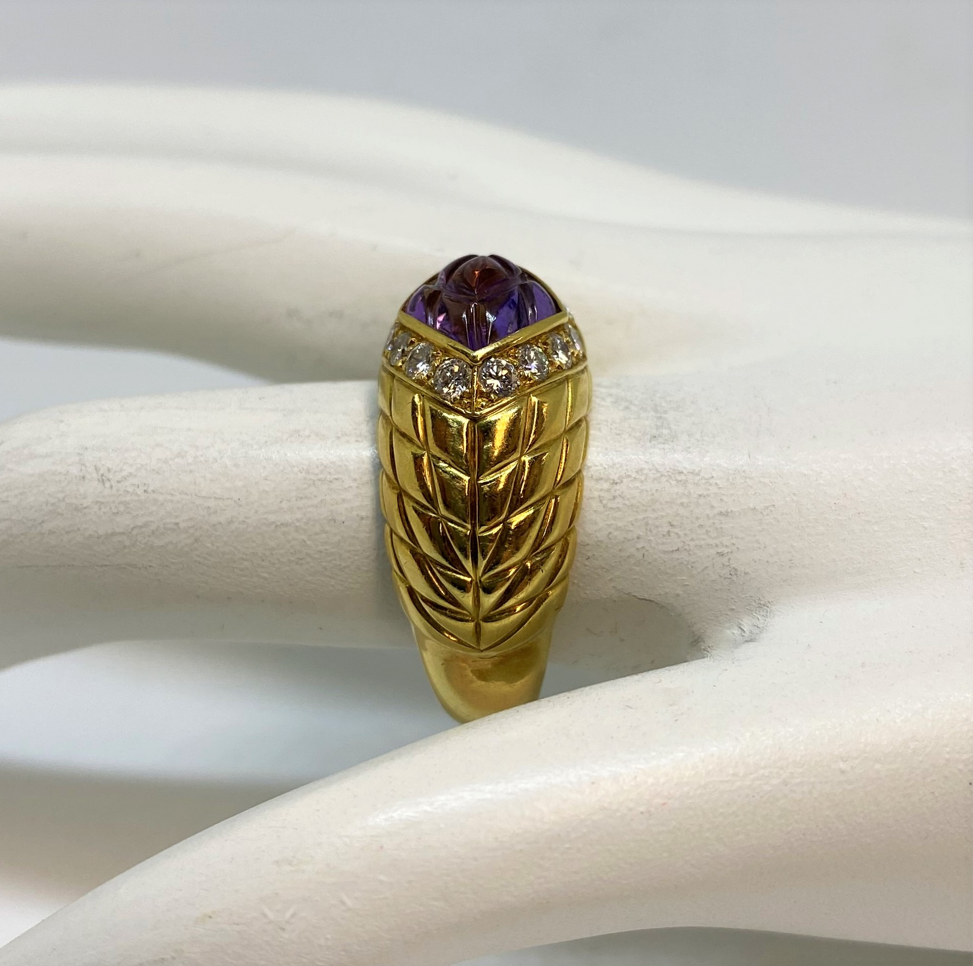 18K Yellow Gold Amethyst & Diamond Ring