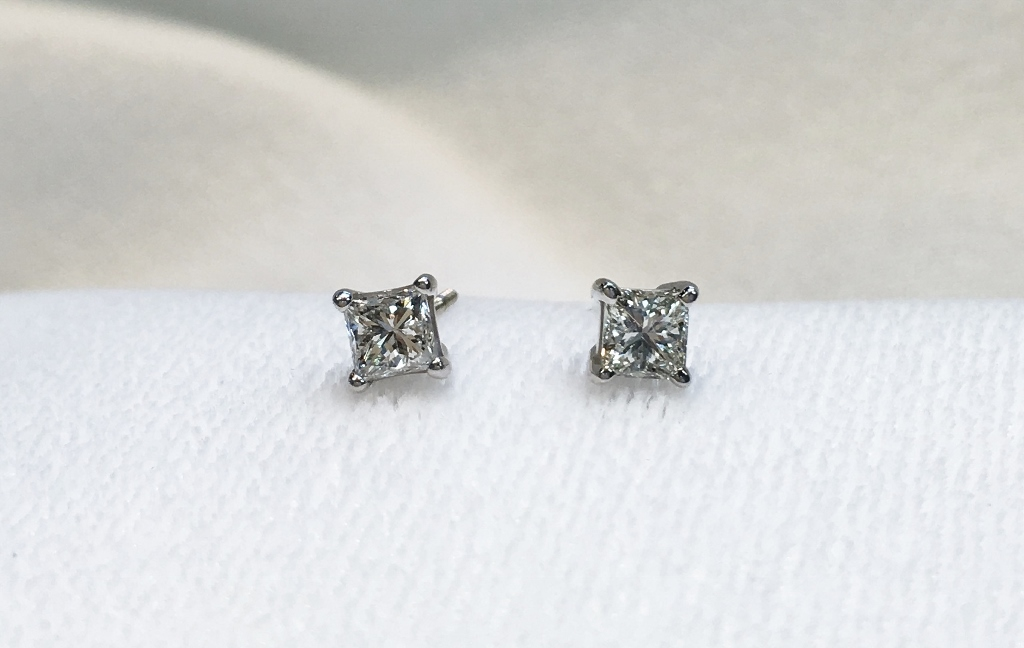 0.80CT TW White Gold Diamond Stud Earrings